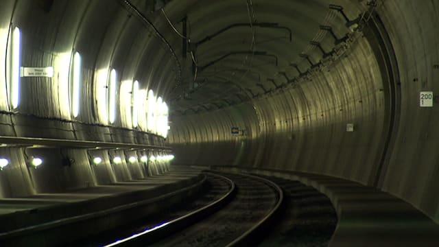 Blick in den fertigen Gotthard-Basistunnel