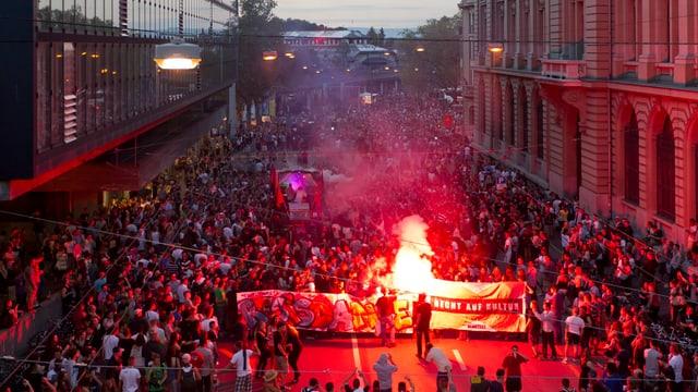 Video «Jugend fordert: Mehr Freiraum!» abspielen