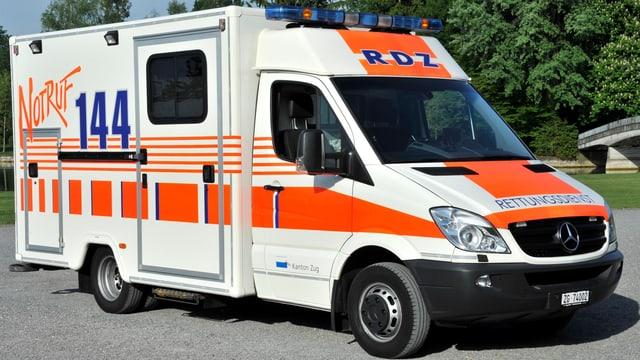Einsatzwagen des Rettungsdienstes Zug