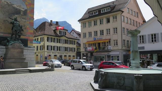 Stau in Altdorf