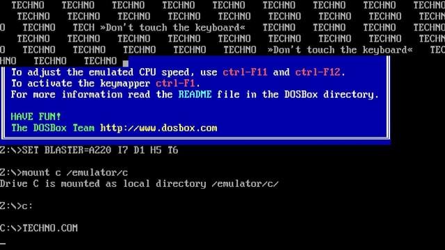 """Der Schriftzug """"Techno"""" füllt den Bildschirm. Bitte nicht die Tastatur berühren."""