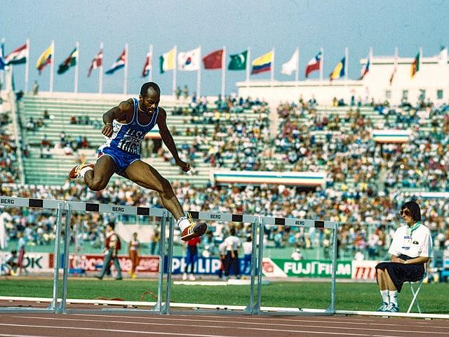 Edwin Moses, hier an der WM 1987 in Rom auf dem Weg zu Gold.