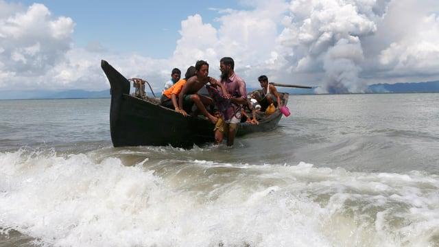 Boot mit Flüchtlingen der Rohingya.