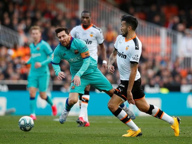 Lionel Messi und seine Teamkollegen stoplern über Valencia.