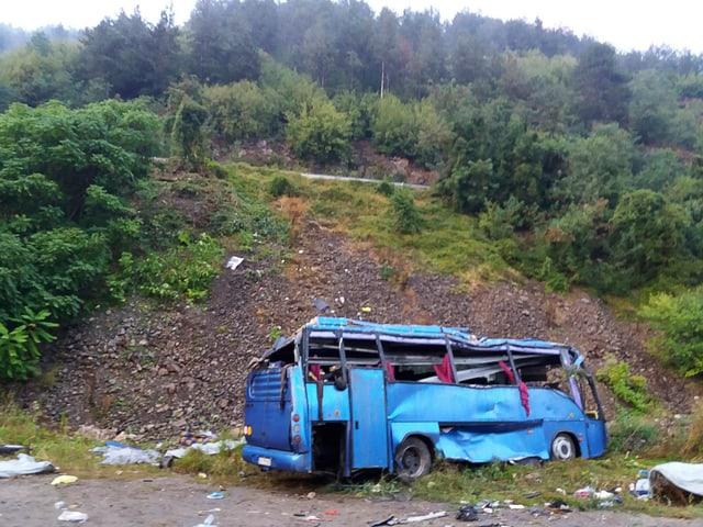 Zerstörter Bus.