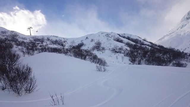 La ruttiva ch'ha sepulì il skiunz da variantas en la Val Giuv.