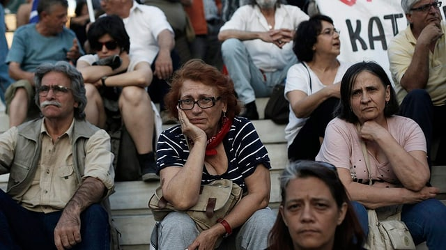 Lange Gesichter in Athen