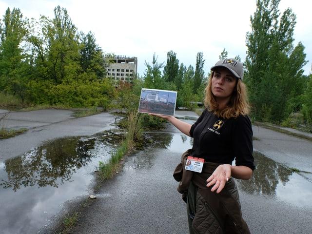 Touristenführerin Anna Kirjanova zeigt, wie es früher ausgesehen hatte.