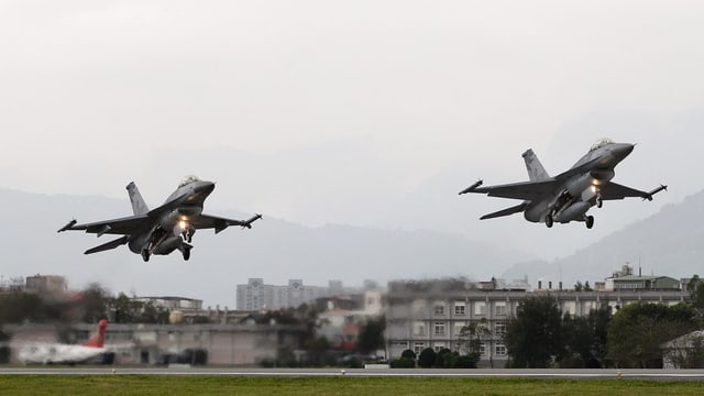Startende F-16-Jets der Luftwaffe Taiwans