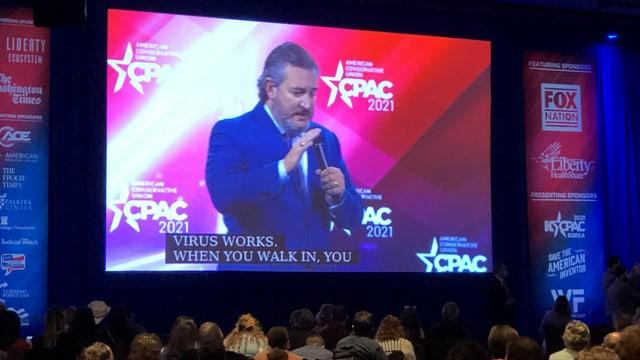 Senator Ted Cruz auf einer Videowand