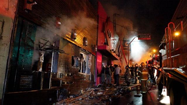 Die ausgebrannte Diskothek in Santa Maria, Brasilien