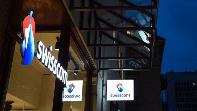 Purtret dal logo blau, alv, cotschen da la Swisscom.