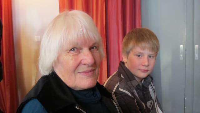 Verena Widmer und ihr Enkel-