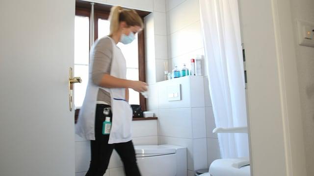 Spitex im Badezimmer