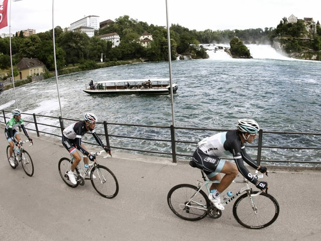 Die 2. Tour-de-Suisse-Etappe beginnt am grössten Wasserfall Europas (hier ein Bild aus 2011).