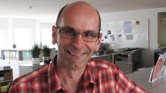 Portrait Steve Volkart, Präsident des Regionalverbandes Zentralschweizer Volkstheater.