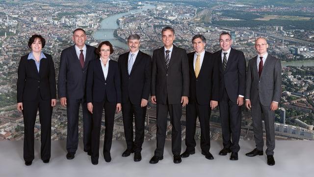 Gruppenbild des Basler Regierungsrates und der Staatsschreiberin.