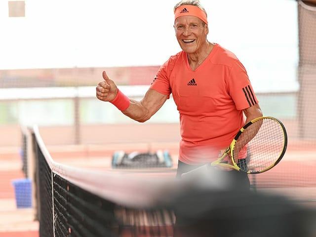 «Didi» Thurau hat sich fit gehalten. Auch mit 65 treibt er viel Sport, am liebsten spielt er Tennis.