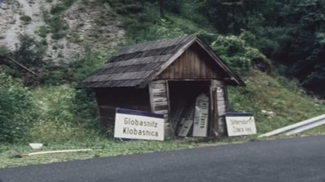 Tavlas bilinguas dal lieu demontadas clandestinamain