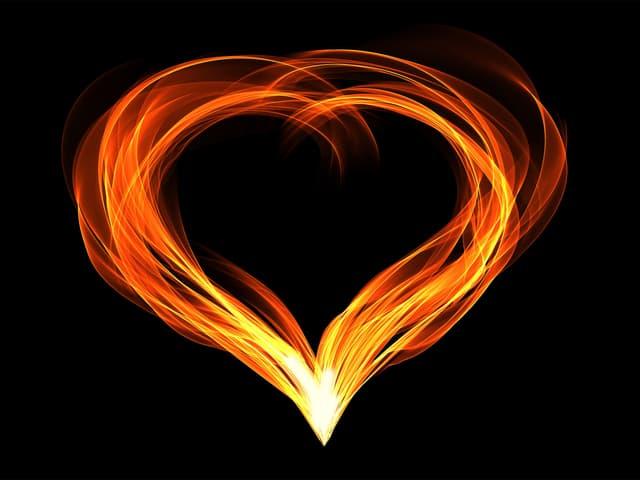 Dein Herz aus feurigen Flammen.