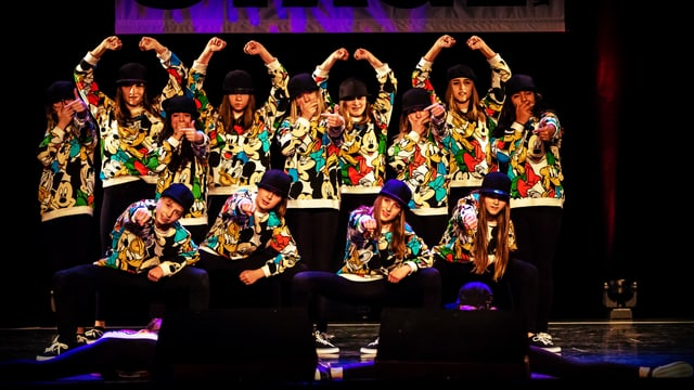 Steep Dance Crew.