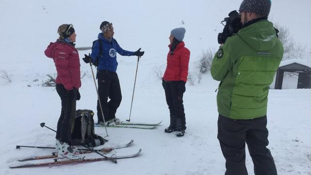 Unterwegs mit den beiden Extremsportlern Andrea und Norbu.