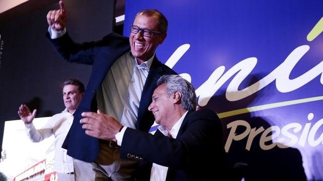 Präsidentschaftskandidat Lenin Moreno (r.) mit Vizepräsident-Kandidat Jorgue Glas (Mitte).