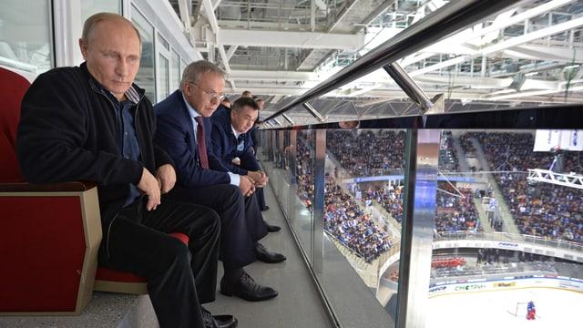 Putin im Hockeystadion