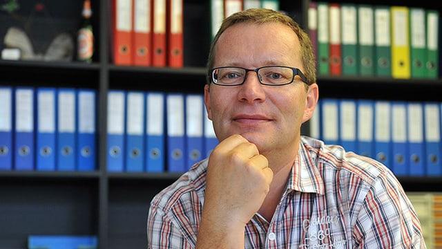 Porträt von Walter Schönholzer.
