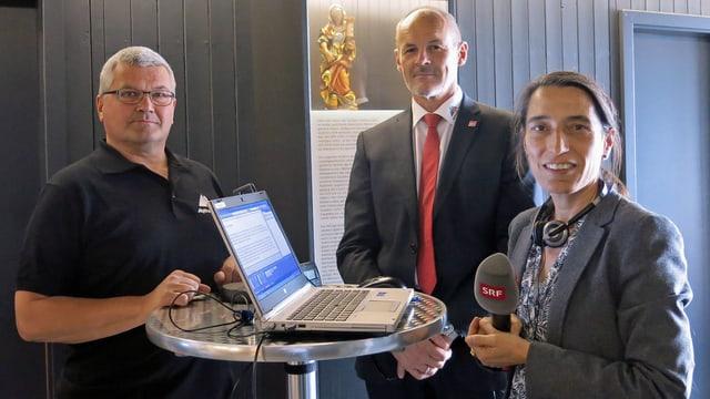 Alois Bissig und Renzo Simoni im Gespräch mit SRF-Redaktorin Radka Laubacher.