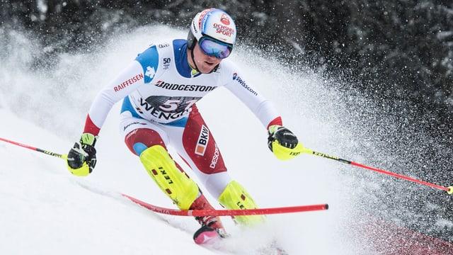 Il skiunz Niels Hintermann