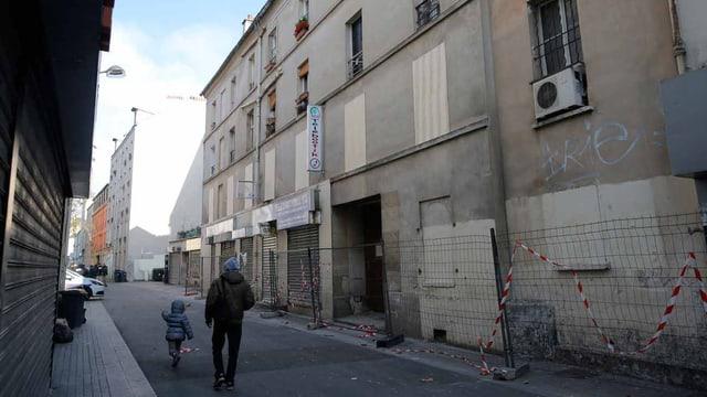 Wohnung in Saint Denis in Paris, wo sich der Attentäter versteckt hielt.
