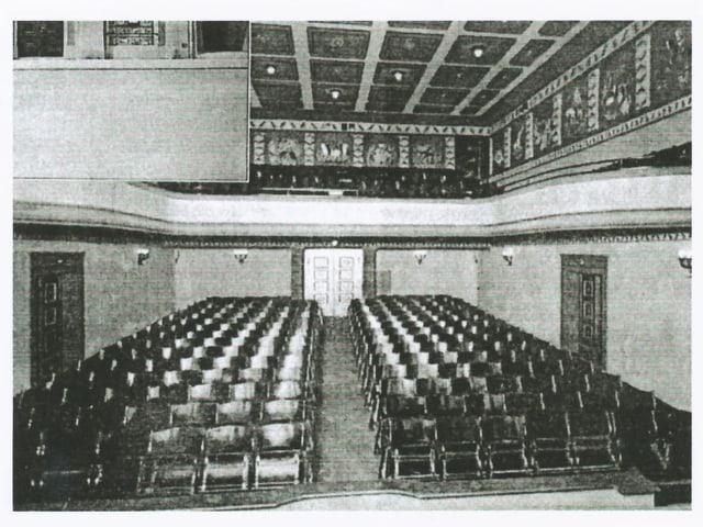Altes Schwarzweissbild vom Kinosaal im Jahr 1921