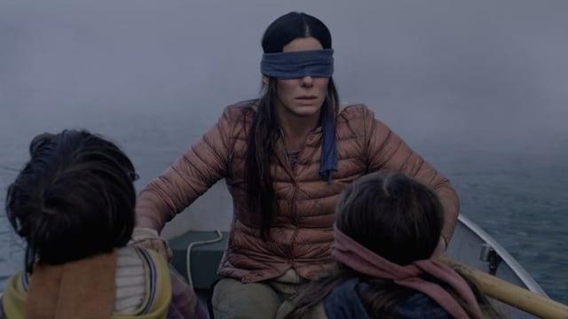 Sandra Bullock mit Augenbinde