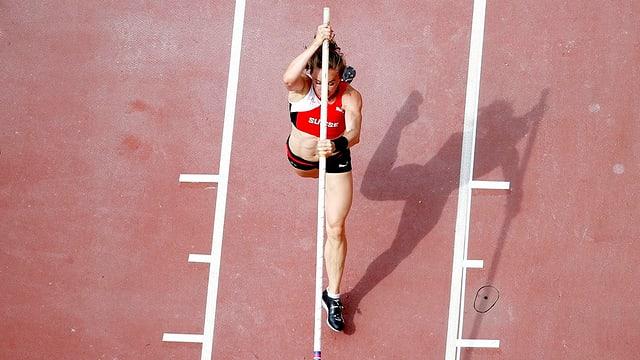Suenter 4,45 meters èsi stà finì per Nicole Büchler.
