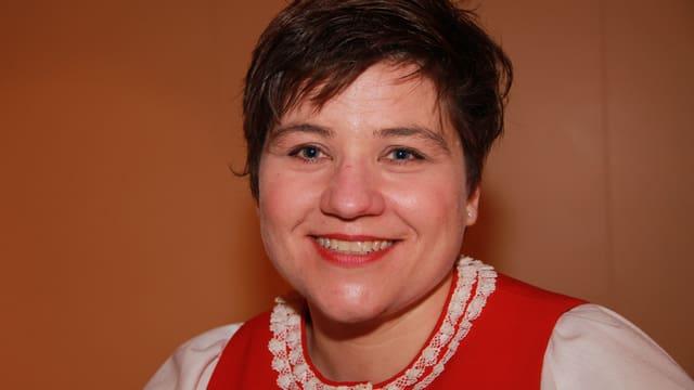 Helga Schmid ist u.A. im Vorstand des Nordwestschweizerischen Jodlerverbandes für das Kurswesen verantwortlich.