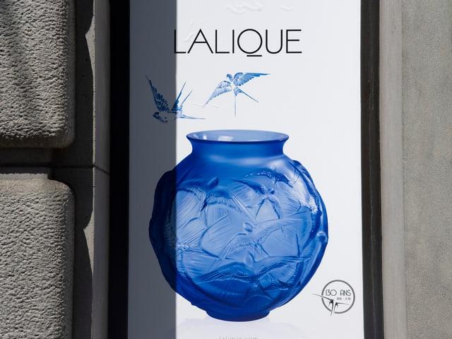 Blick auf ein Schaufenster von Lalique.