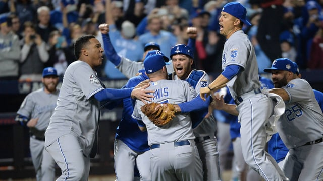 Kansas-Spieler feiern den ML-Triumph