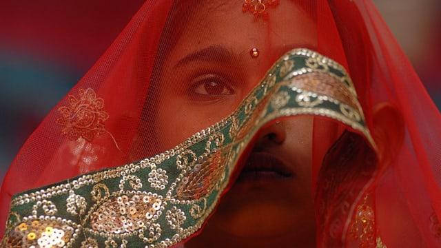 Jede fünfte Frau wird minderjährig verheiratet