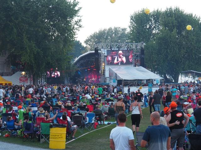 Das Festival mit Zuschauern.