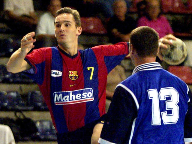 Urdangarín bei einem Handballmatch 1999