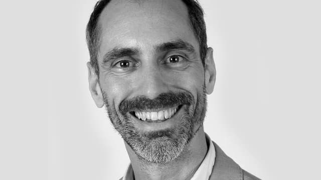 Dr. Rolf Victor Heim