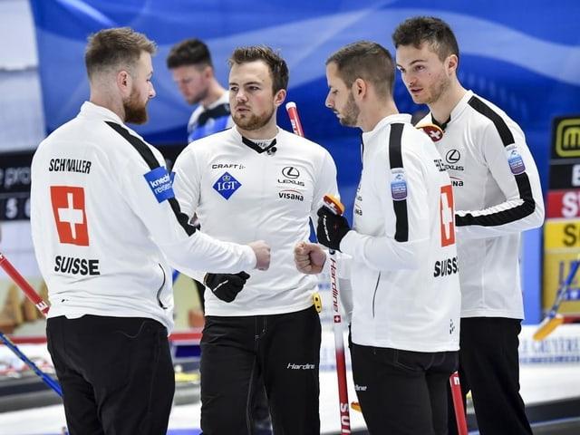 Dank Sieg gegen Dänemark - Curler bei Premiere im EM-Final
