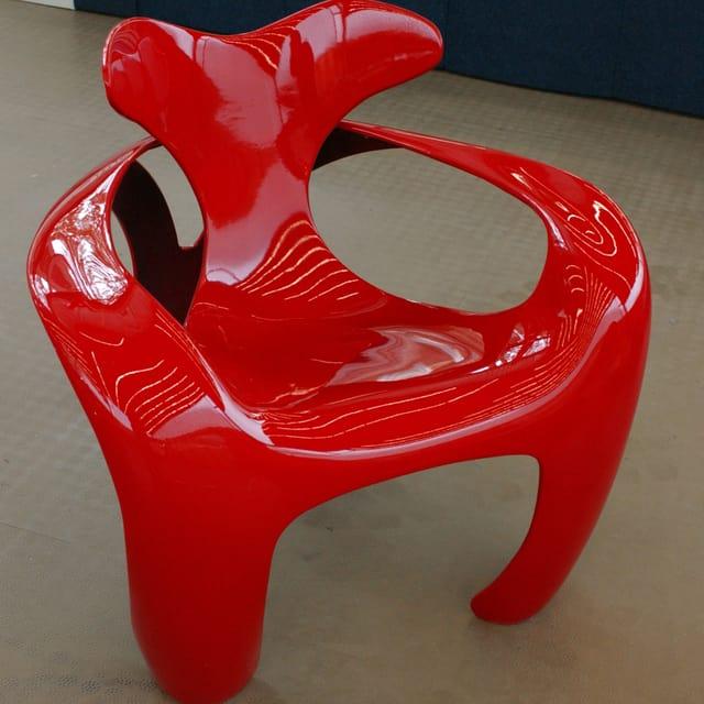 Ein Colani-Design an der 50 Jahre Luigi Colani «Futurama» Ausstellung in Karlsruhe.