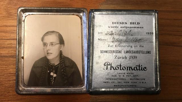 Ein Foto mit Zertifikat vom 22. Oktober 1939.