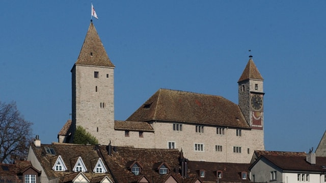 Schloss Rapperswil über der Altstadt