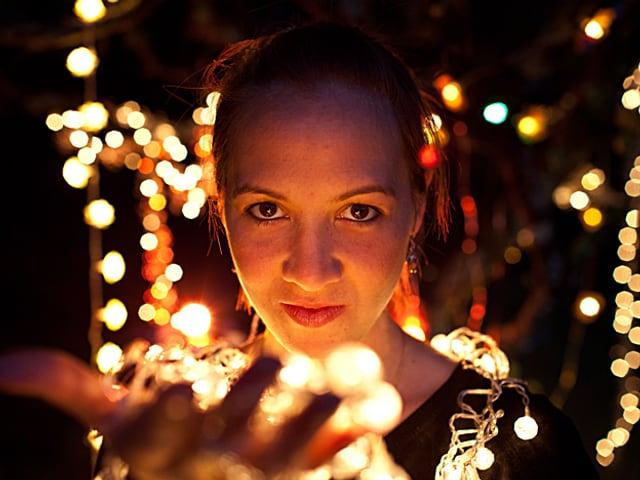 Die Sängerin Sophie Hunger auf dem Cover ihrer neuen CD «Danger of Light»