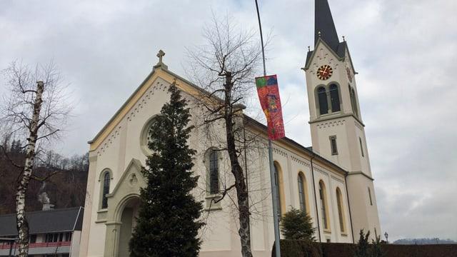 Die Kirche in Menznau ein Jahr nach der Tragödie.