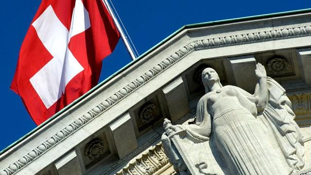 Giebelansicht des Bundesgerichts in Lausanne.
