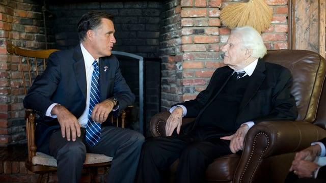 Billy Graham mit dem ehemaligen US-Präsidentschaftskandidaten Mitt Romney